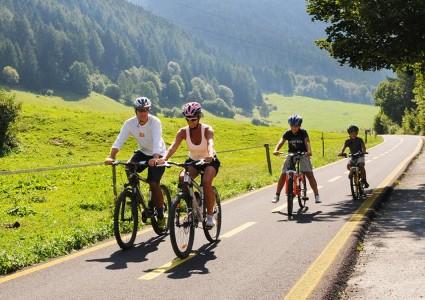 Guarda i pacchetti per le tue vacanze in bici a Ponte di Legno
